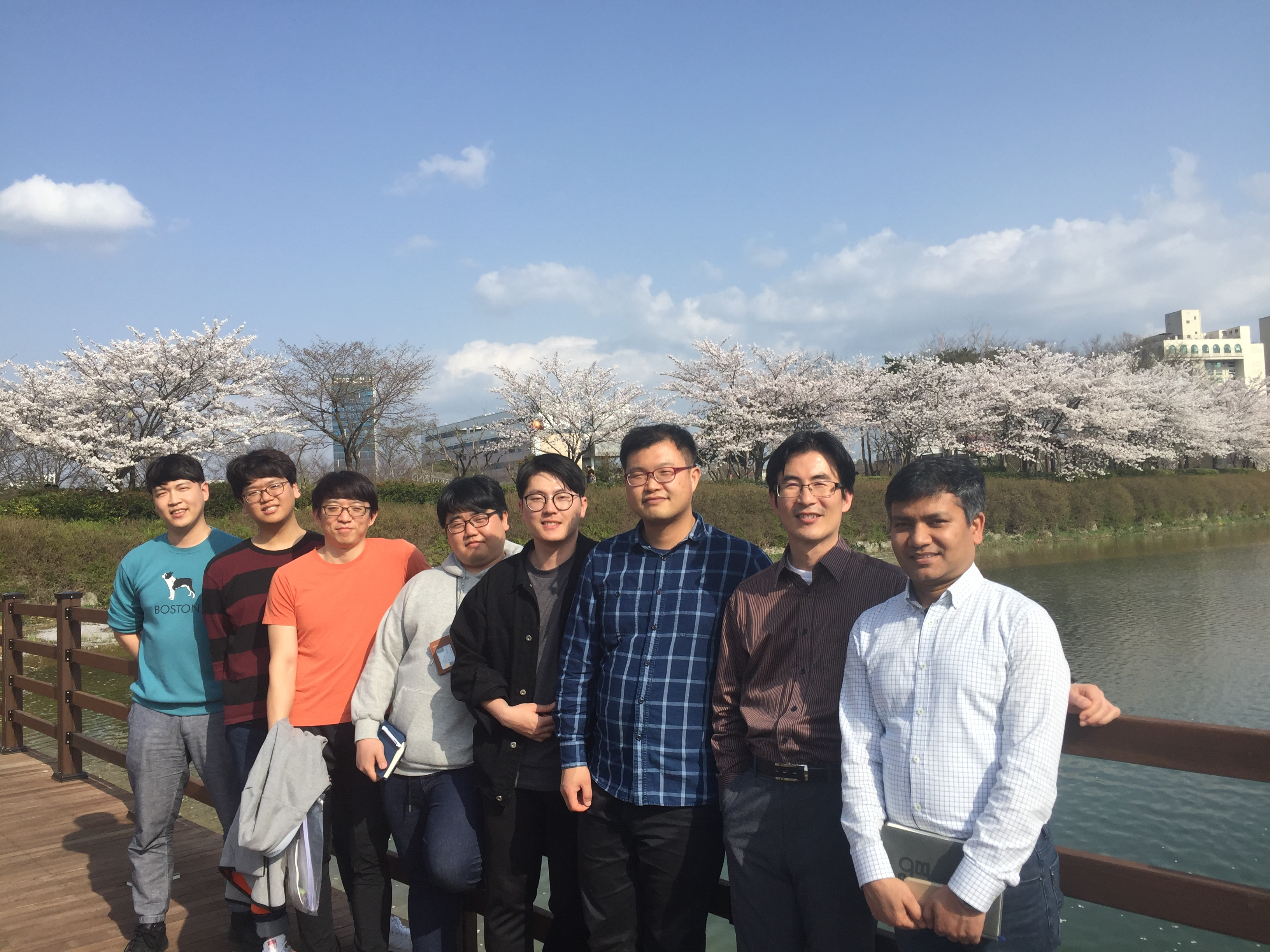 LAB Picnic to see Cherry Blossom (Ssangam Park) 이미지